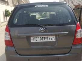 Toyota Innova 2.5 EV (Diesel) PS 7 Seater BS IV, 2013, Diesel