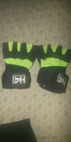 New fitness gloves Medium size