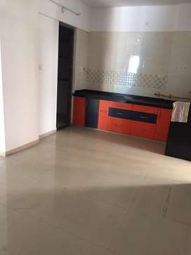 New unused fresh 2bhk with kitchen trolly new paint only 9000
