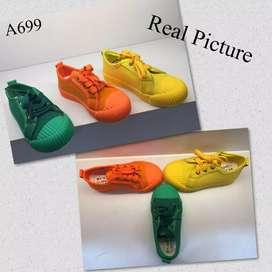 Sepatu anak comfy a699