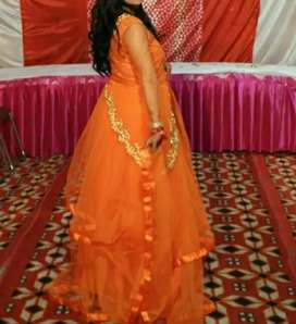 Gown  sarees and more dresses and house for rent also available