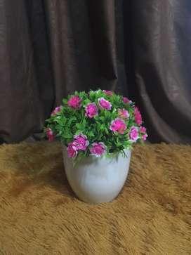 pajangan bunga plastik