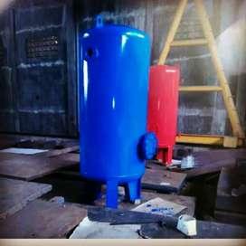 Tangki udara dan kompresor screw