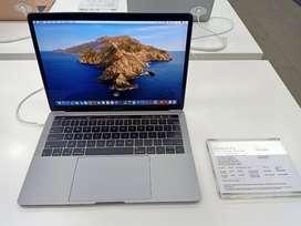Promo Cicilan MacBook Pro 13 Inci 8/128 GB