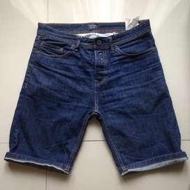 pull and bear short pants size 31 bukan zara h&m