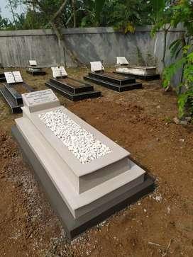 bangunan makam  granito putih