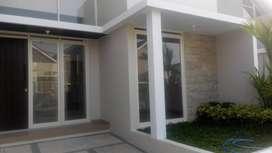 Rumah minimalis kondisi baru lokasi nyaman dan tenang di Austinville