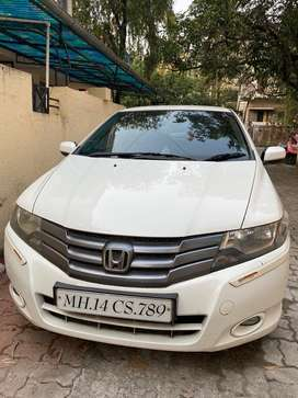 Honda city in mint condition with vip number.