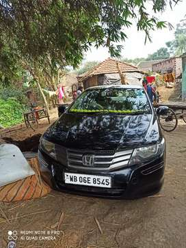 Honda City 2010 Petrol Well Maintained.life time tax.