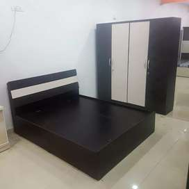 New full bedroom set in direct factory price.