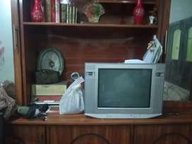 2 sony tv for sale good condtion