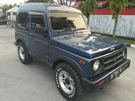 Dijual mobil pribadi jimi katana thn 2002 pajak baru mesin halus