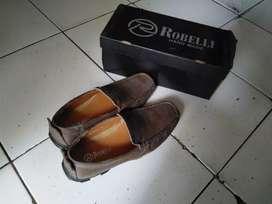 Sepatu Robelli ukuran 38-39