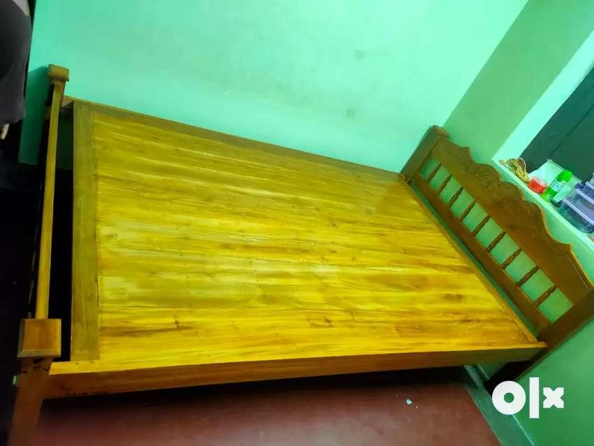 New wood cot 0