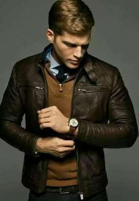 Jaket asli kulit.