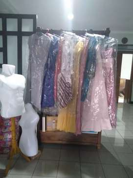 Baju dress pesta