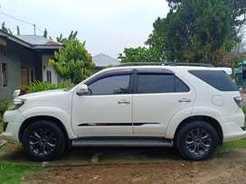 Dijual cepat tanpa perantara Toyota Fortuner 2.7 G LUX AT