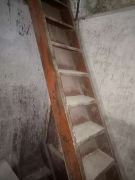 Wooden Heavy Stairs Ladder
