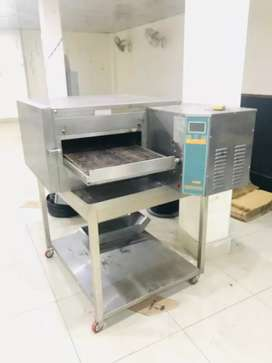 Conveyer oven 18 inches Gas