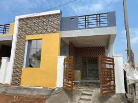 INDEPENDENT HOUSE FOR SALE AT DISCOUNT PRICE.