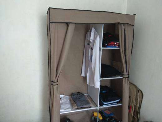 lemari pakaian portable unik untuk menyimpan pakaian 0