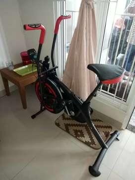 Platinum bike Tl 8207/2 FUNGSI Sepeda statis