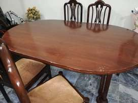 Dinning Table (6 seater)