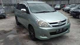 Toyota innova 2008 tipe G