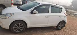 Hyundai i20 (White)