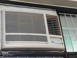Hitachi KAZE 1.5 ton 3 star windows AC