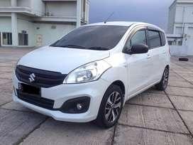Suzuki Ertiga 2018 Putih GL Matic AT