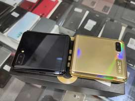 Samsung Galaxy Zflip (8/256) gold New conditions