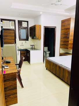 1 Rk Fully Furnised Room Rent In Dlf Phase 3