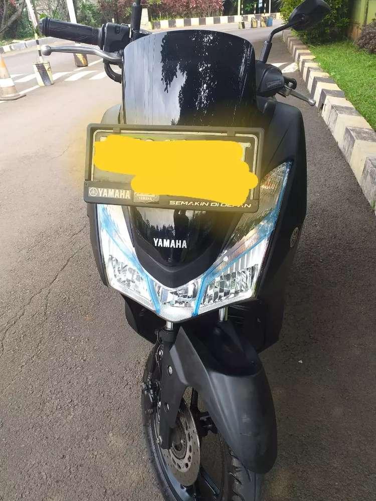 Jual motor lexi hitam