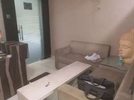 1000 sq. Ft  furnished office near Jail road.call - 9893l4l4l8