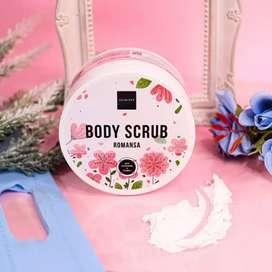 Scarlett whitening body scrubb