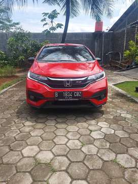 DIJUAL JAZZ RS CVT AT 2018