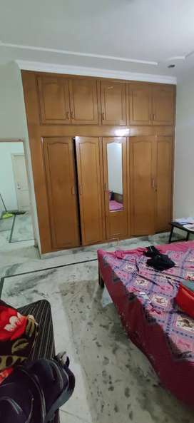 Fully Furnished 2 Room set Sector 34