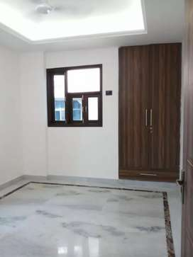 3bhk builder floor located in saket modular