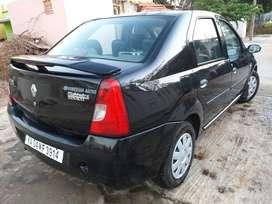 Mahindra Renault Logan, 2008, Petrol