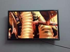 "Full HD Sony panel 32"" smart LED TV"