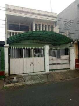 Dijual Rumah Kost Petemon