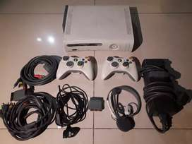 Microsoft Xbox 360 60GB with Wireless Racing Wheel