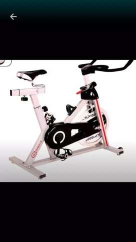 New buduran.spining bike white