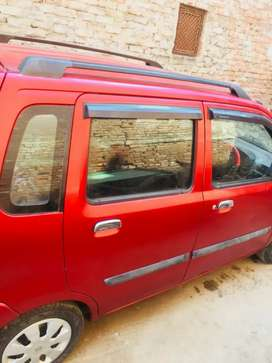 Maruti Suzuki Wagon R 2006 very good condition runing by one hand .