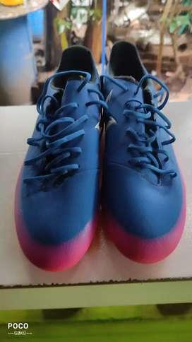 Football shoes Addidas