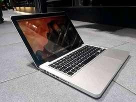 """MacBook Pro 2012 """" Core i5 4gb 500 13.3inch"""