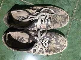 sneakers Vans sepatu Vans second