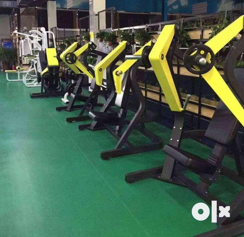 heavy duty gym equipment setup available