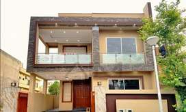 Beautiful 10marla house for sale in bahria town phase #2